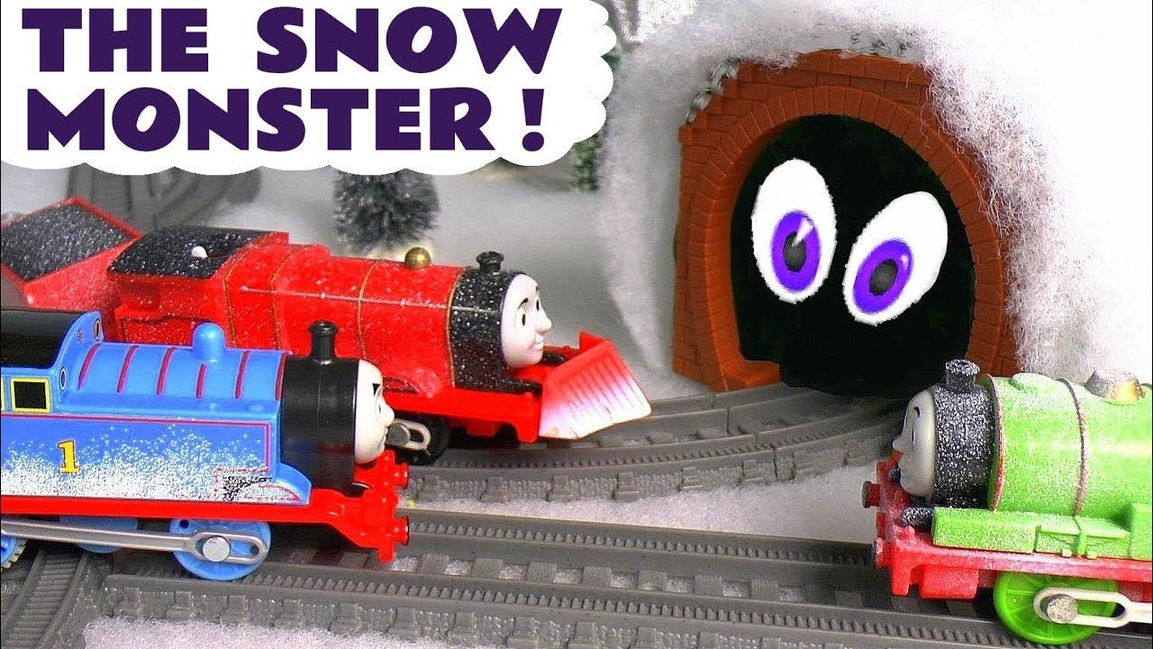 789469fb67c Thomas & Friends FJK24 Tunnel Blast Set the Tank Engine Toy Train  Trackmaster