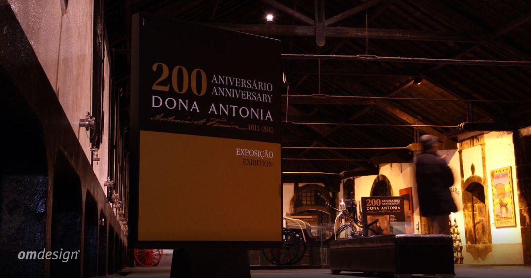 Logótipo e exposição 200 Anos Dona Antónia (2011)  #Omdesign #Design #Portugal #LeçadaPalmeira #Since1998 #AwardedAgency #DesignAwards #Logo #Exhibition #Celebration #DonaAntónia #PortoFerreira #Ferreira #SograpeVinhos #Sogrape #SograpeOLW #OriginalLegacyWines #VinhodoPorto #PortWine #Douro #IVDP