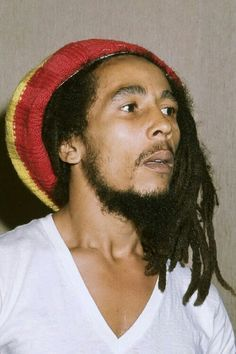 Epingle Par Jodeeb Sur Bob Marley Bob Marley Damian Marley Coiffure