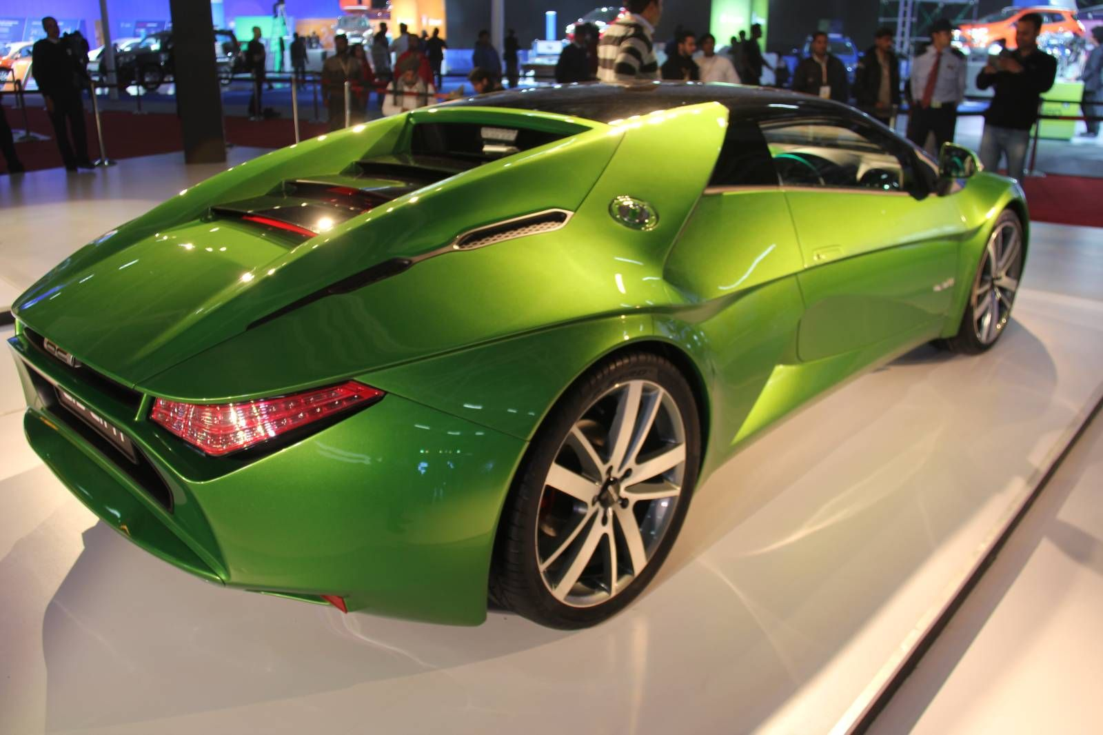 Dc Design Avanti Sports Car Ready For Production With Images Sports Car Car Sports