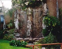 Resultado de imagen para jardines con cascadas artificiales