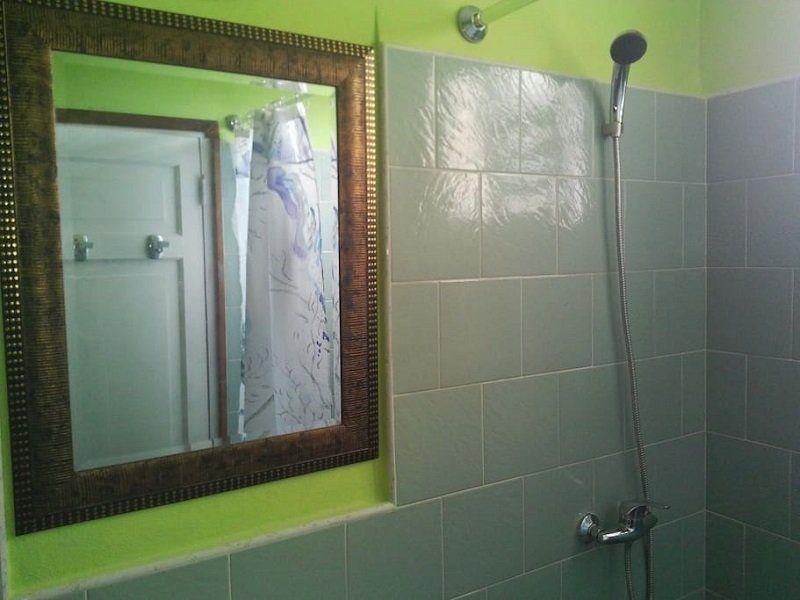 ducha - Apartamento independiente en el Vedado - Havana Vedado