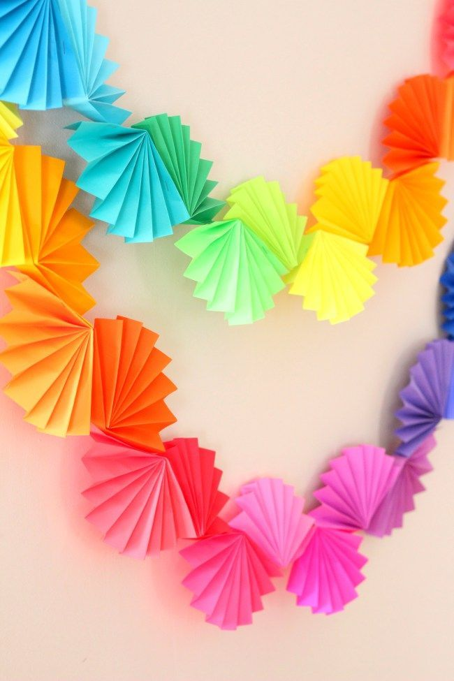 Rainbow Fan Garland {Easy DIY Party Decoration} - Ice Cream Off Paper Plates