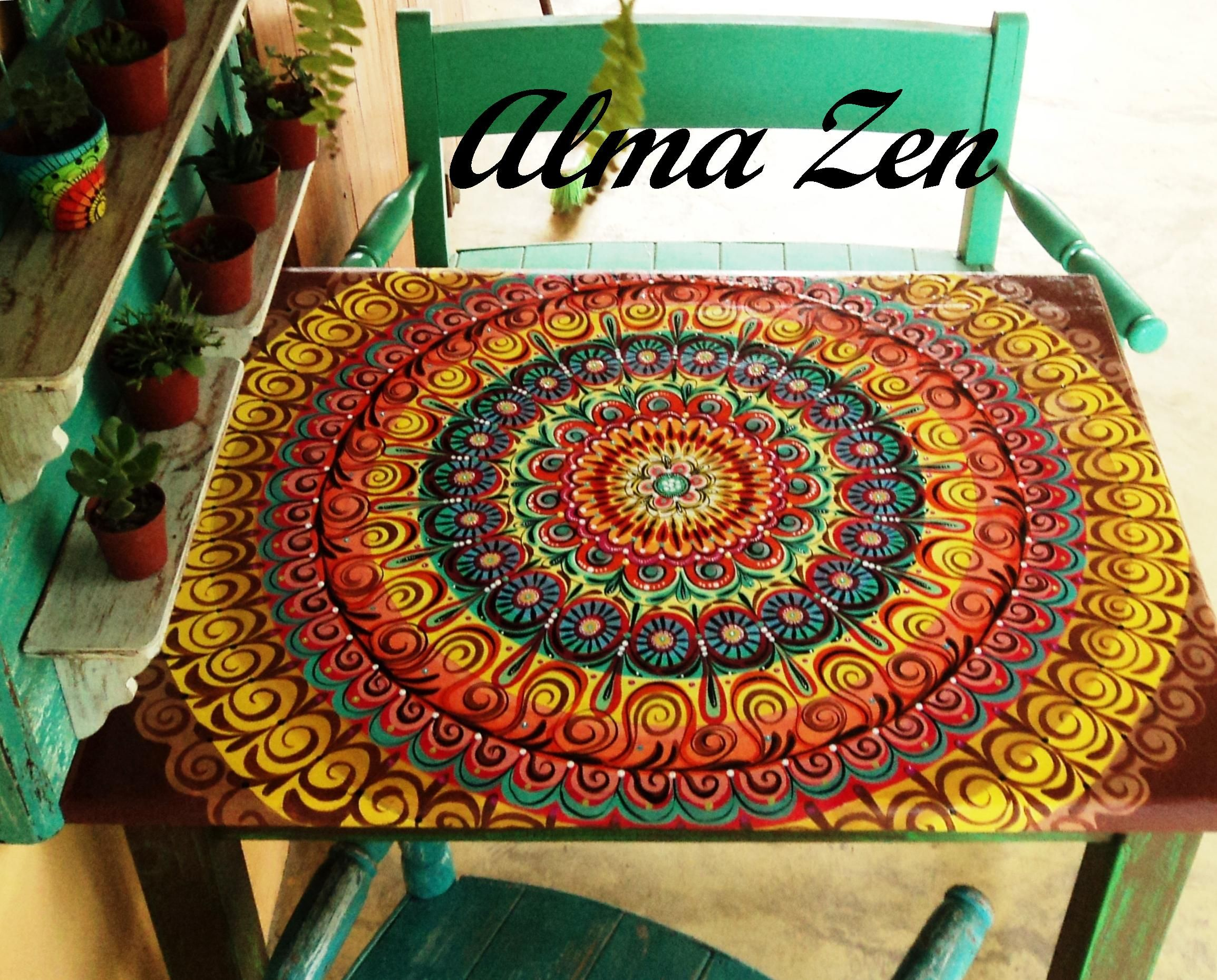 Mesa con mandala pintado a mano. | decoracion | Painted ...