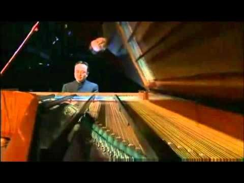 Chopin Piano Concerto No 2, Op 21, 1st movement - Dang Thai