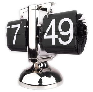 Retro Spin Desk Clock Numbers Change Just Like In A Vintage Airport
