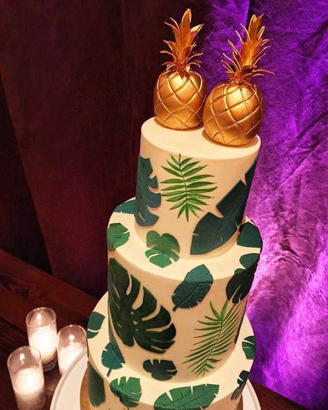 Gorgeous Palm Pineapple Wedding Cake For Havana Nights Get Hitched Give Hope With Beagiver Ghgh2016 Fourseasons Cakedecorating Foodie