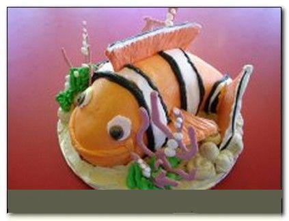 happy birthday fish shaped cake clown fish cake sports brilliant