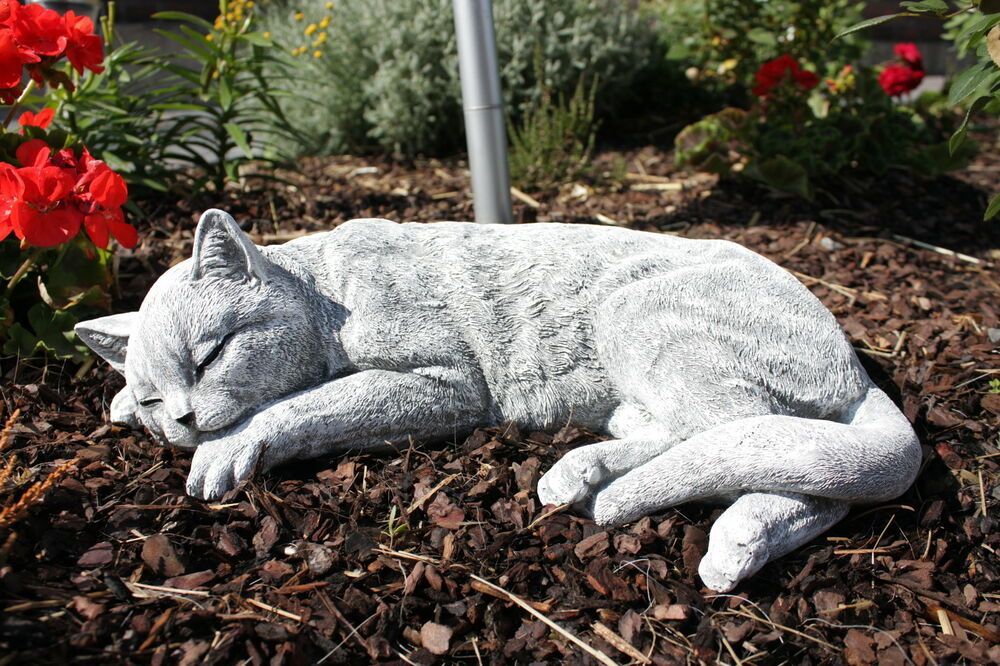 Steinfigur Katze Schlafend Gross Frostfest Garten Deko Steinguss Katzen Ebay Cat Statue Cat Memorial Small Garden Statues