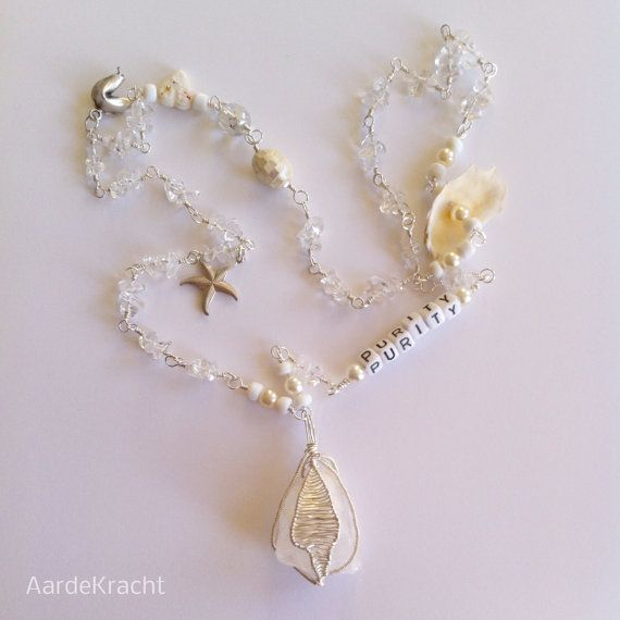 White necklace 'Purity' ~ Clear Quartz ~ Wire Wrapping ~ Mixed Media