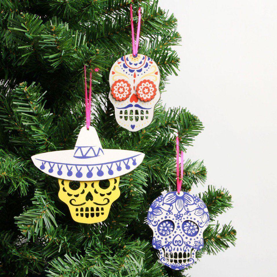 Wooden skull christmas decorations set of christmas tree
