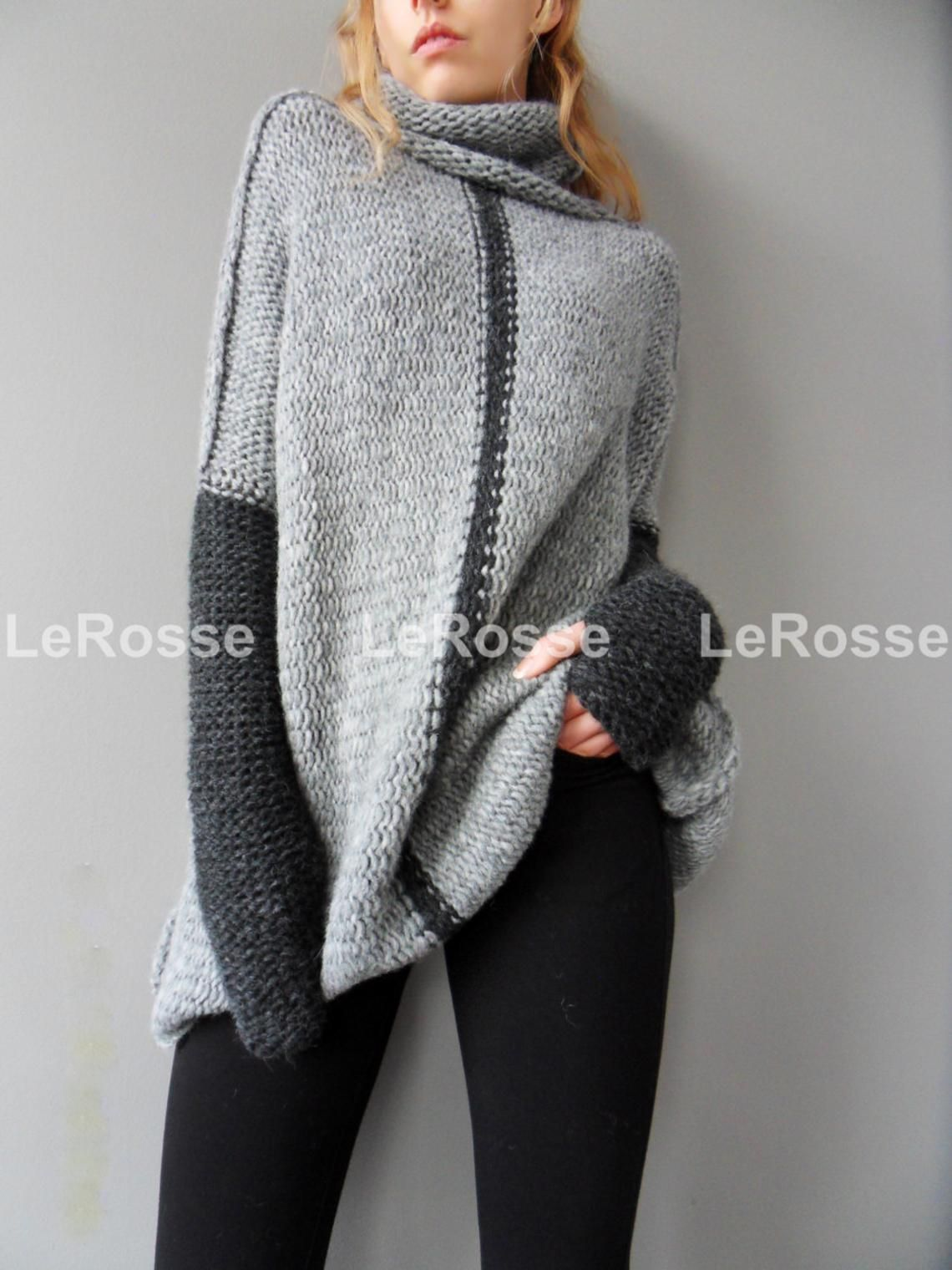 86d6a1533 Oversized Chunky knitted woman sweater. Turtleneck grey