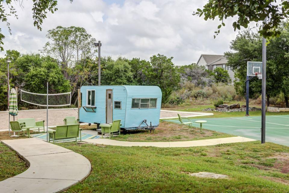 amenities dakota ranch student apartments for san marcos tx at