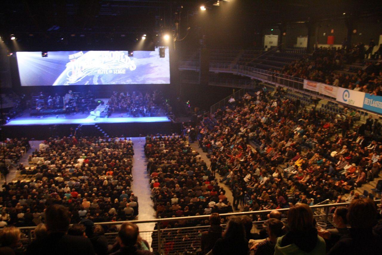 The War Of The Worlds Voor 4 200 Mensen In De Lotto Arena Attempt
