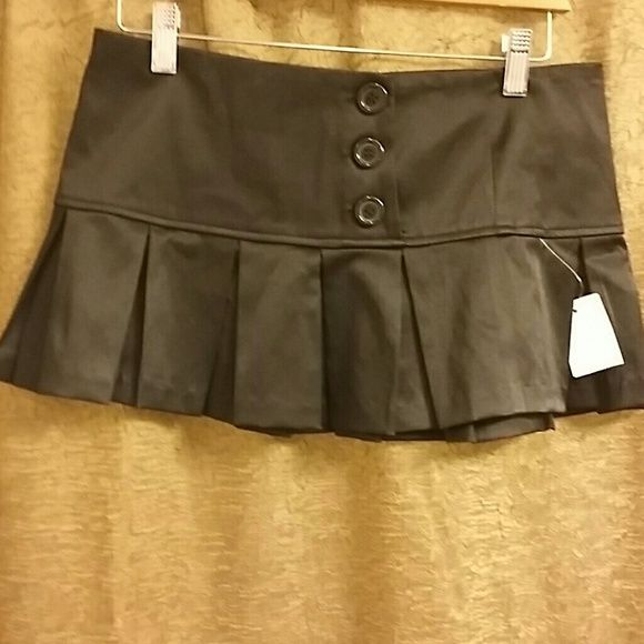 NWT black satin pleated skirt Charlotte Russe NWT Charlotte Russe satin black pleated skirt Charlotte Russe Skirts