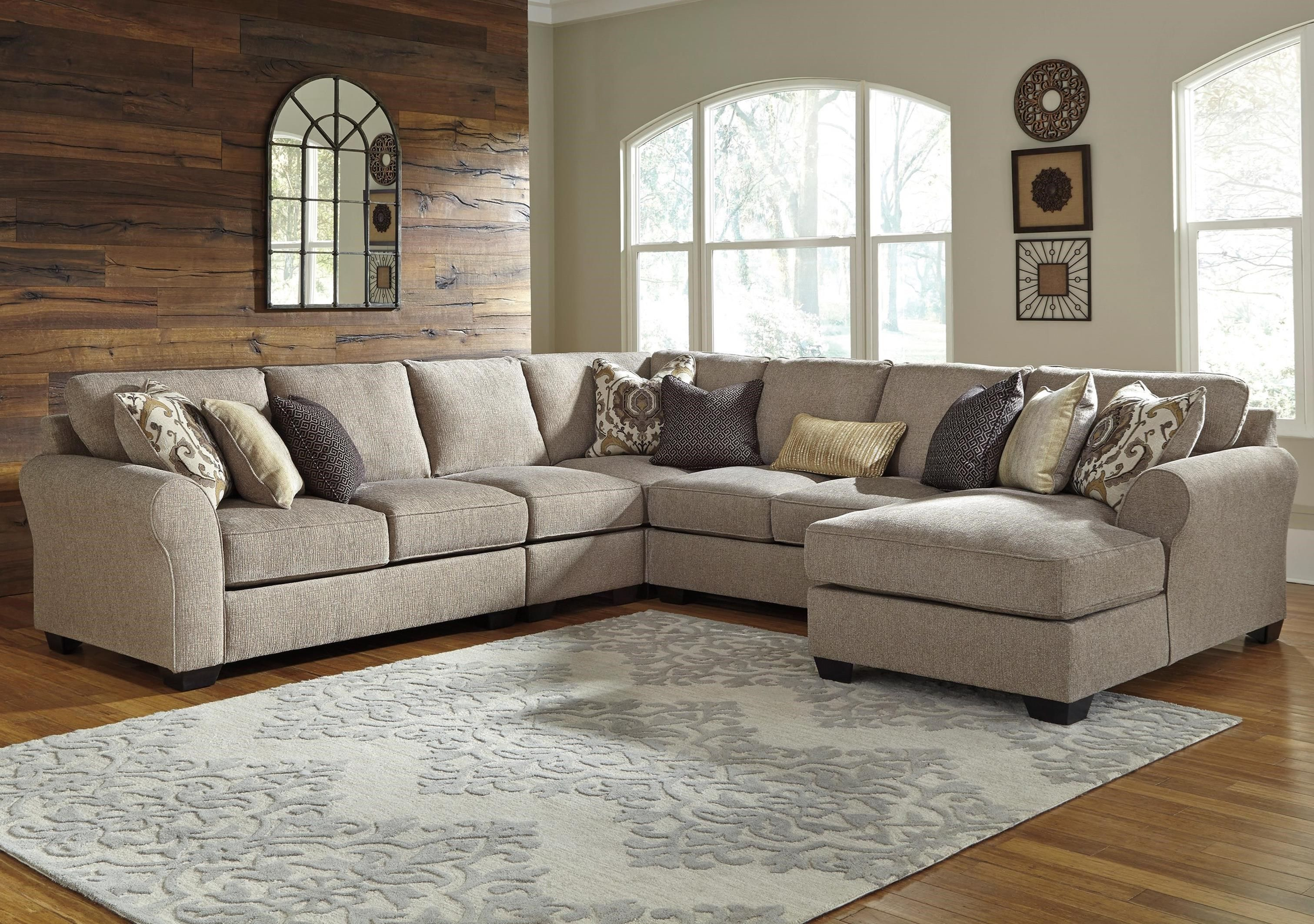 Pantomine 5 Piece Sectional With Right Chaise By Benchcraft Living Room Furniture City Furniture Sectional Sofa Couch