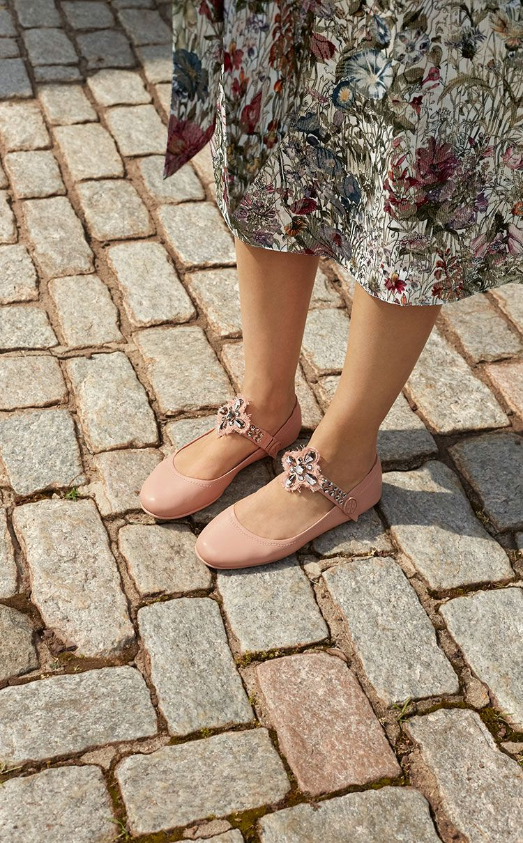 9650581f082338 Tory Burch Minnie Embellished Ballet Flat