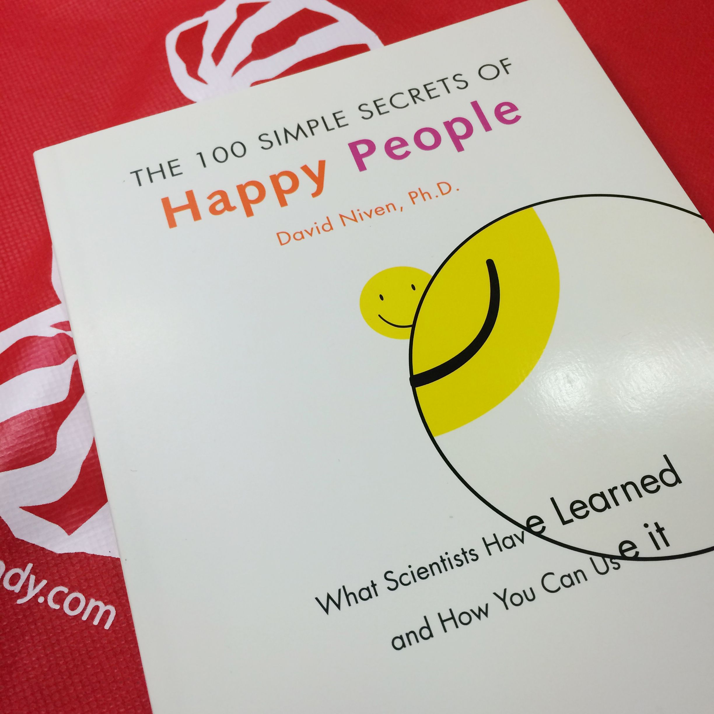 "Get the limited-edition Goetze's Candy ""Happy People"" book, FREE!!!"