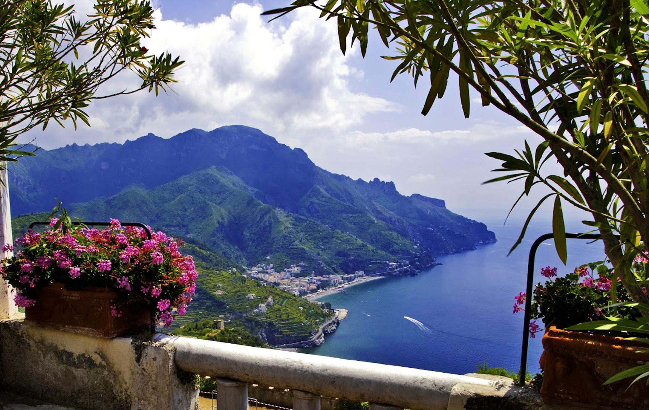 Amalfi Coast Wallpaper