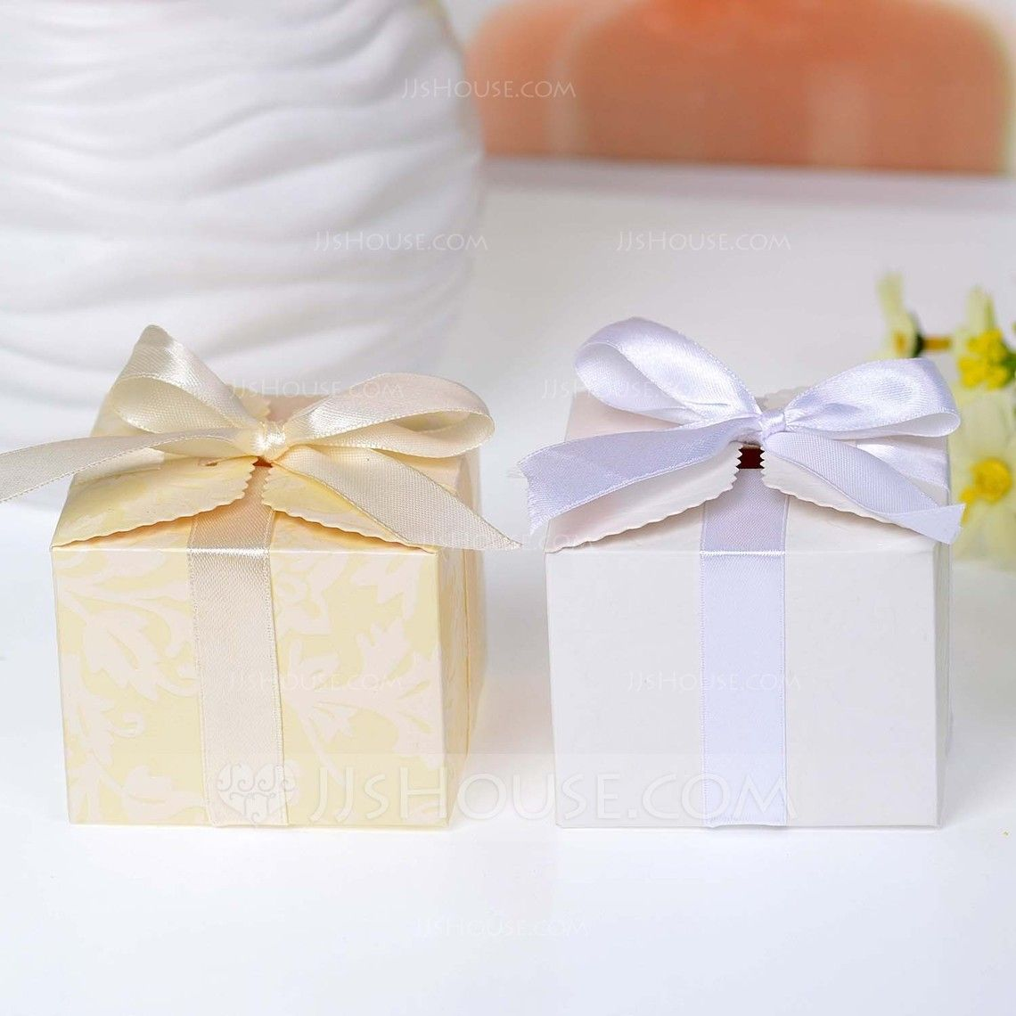 Beautiful Cuboid Favor Boxes With Bow (Set of 12) (050046729 ...