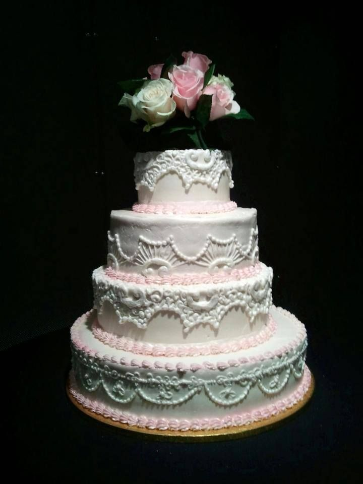 What a gorgeous wedding cake from fligners right here in lorain what a gorgeous wedding cake from fligners right here in lorain county junglespirit Choice Image