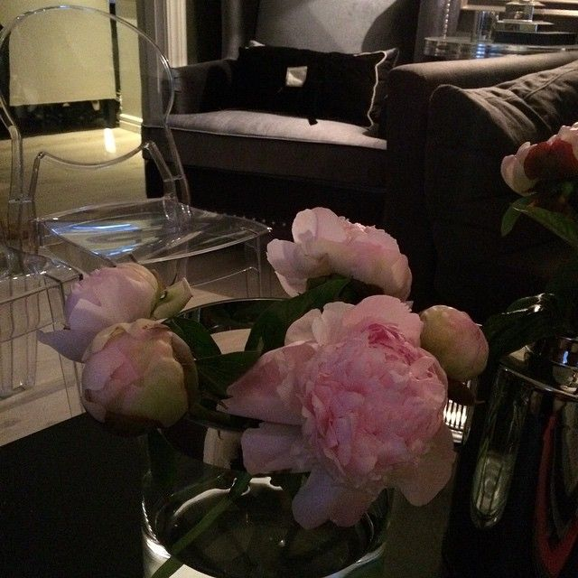 #ShareIG PinkPeonies #beautifulhomes555 #camillashome #classicinteriors #classyinteriors #decor #decoration #finahem #home #homeamour #interior #interiør #interior123 #interior125 #interior444 #interior4you #interior4you1 #pioner #peoner #peonies