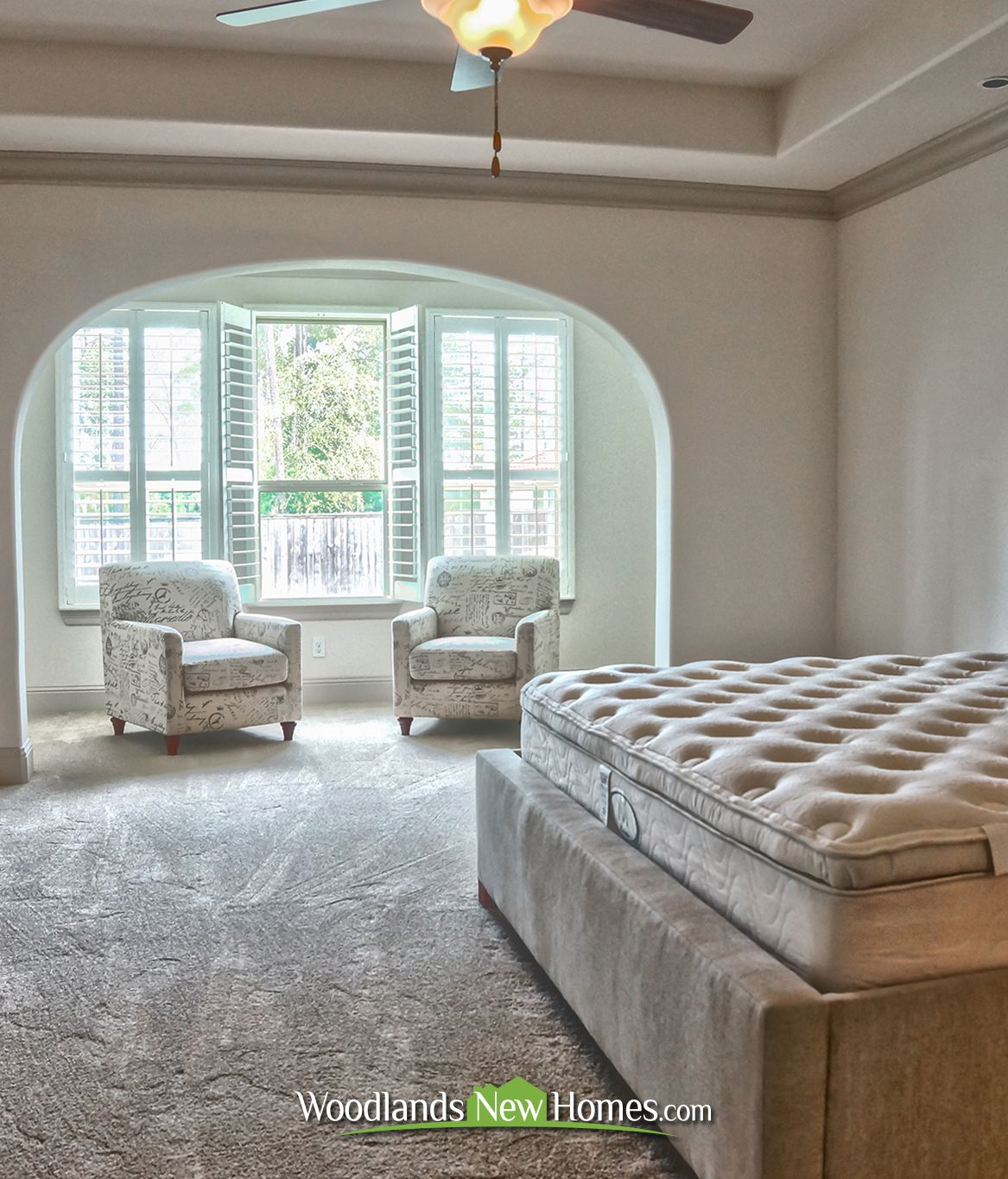#masterbedroom With Private #sittingarea. #bed #carpet
