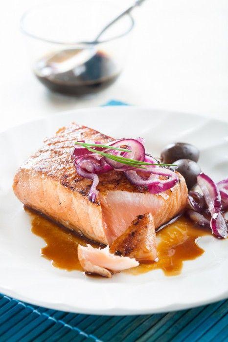 Endulza tu salmón con un glaseado de soja - La Vida Sabe Mejor