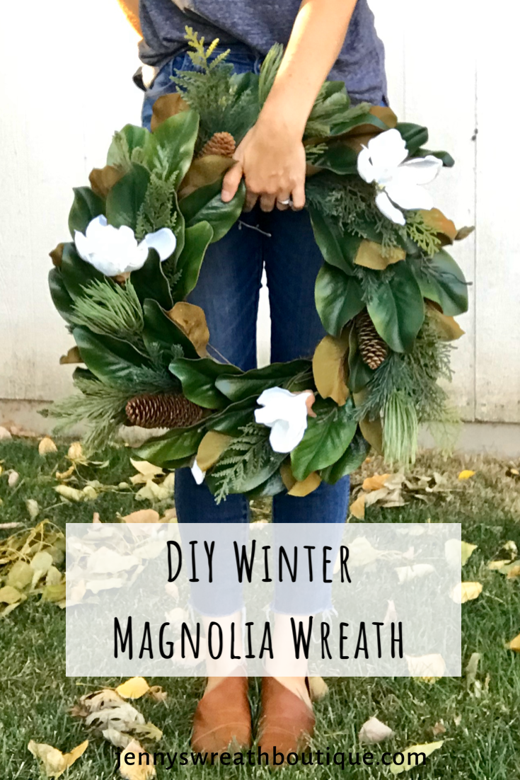 Photo of How to make a winter magnolia wreath / One wreath, three options