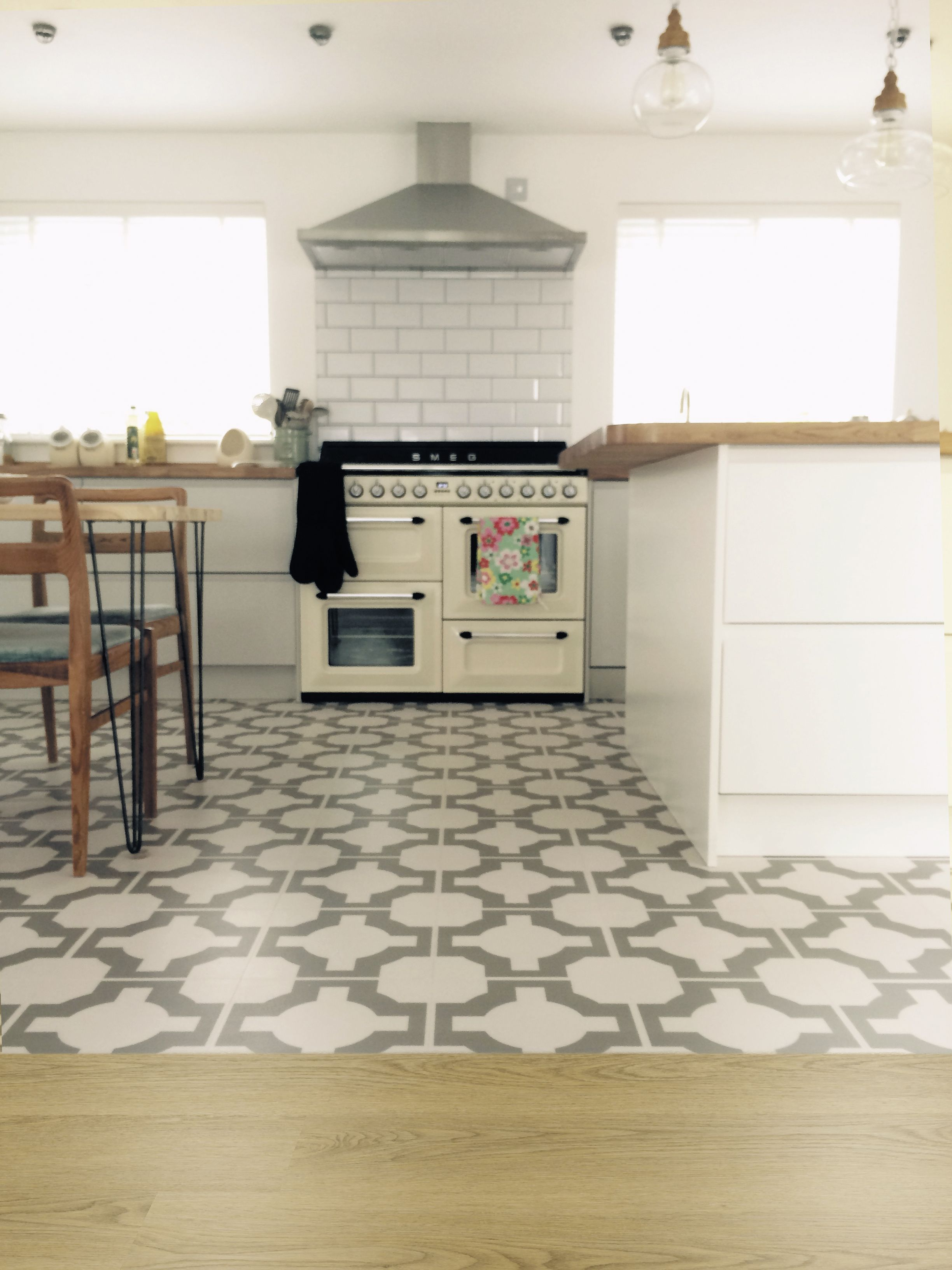 Amazing Pictures Of Vinyl Flooring In Kitchen For Your Kitchen