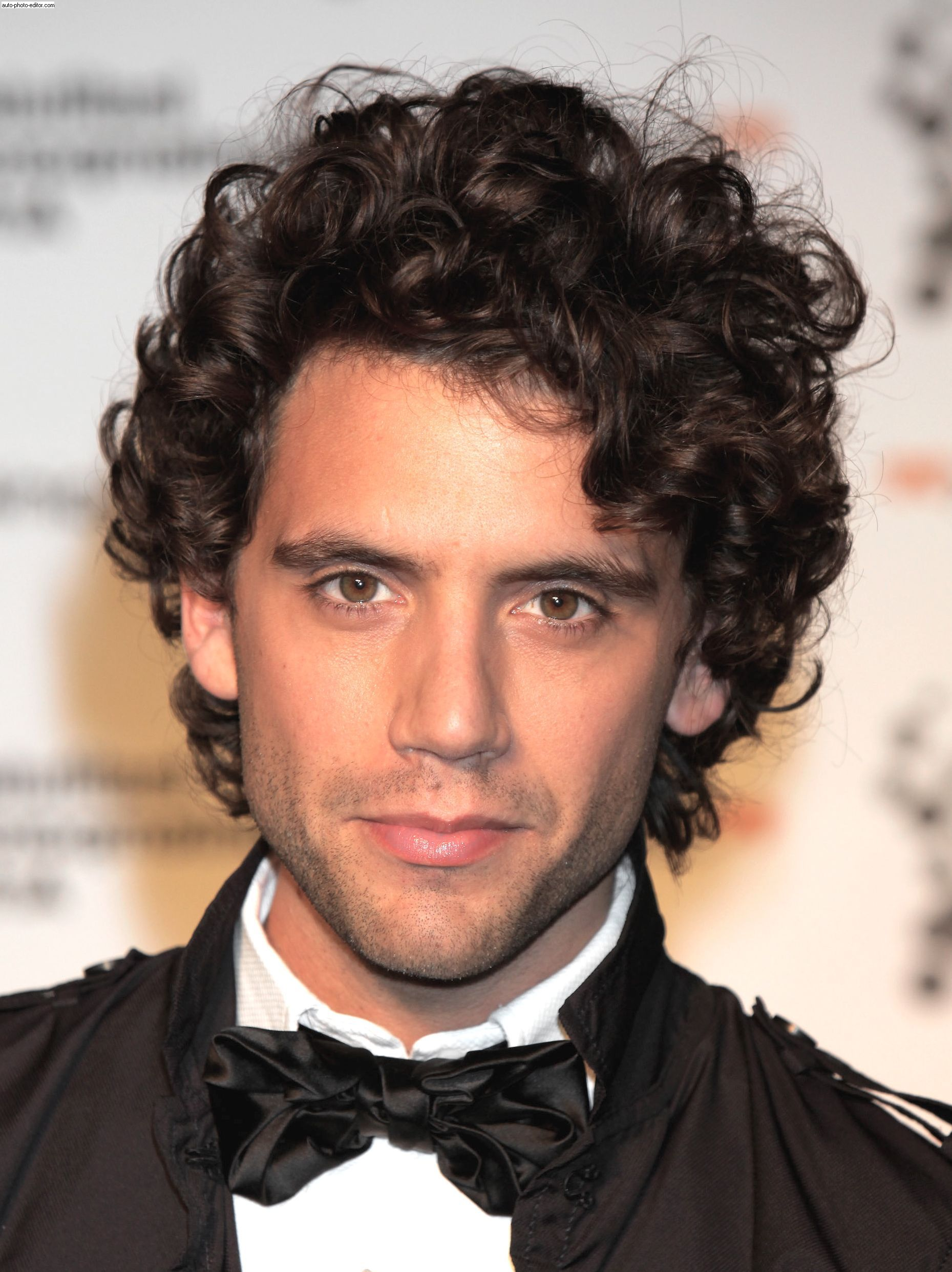 men's curly hairstyles stylish