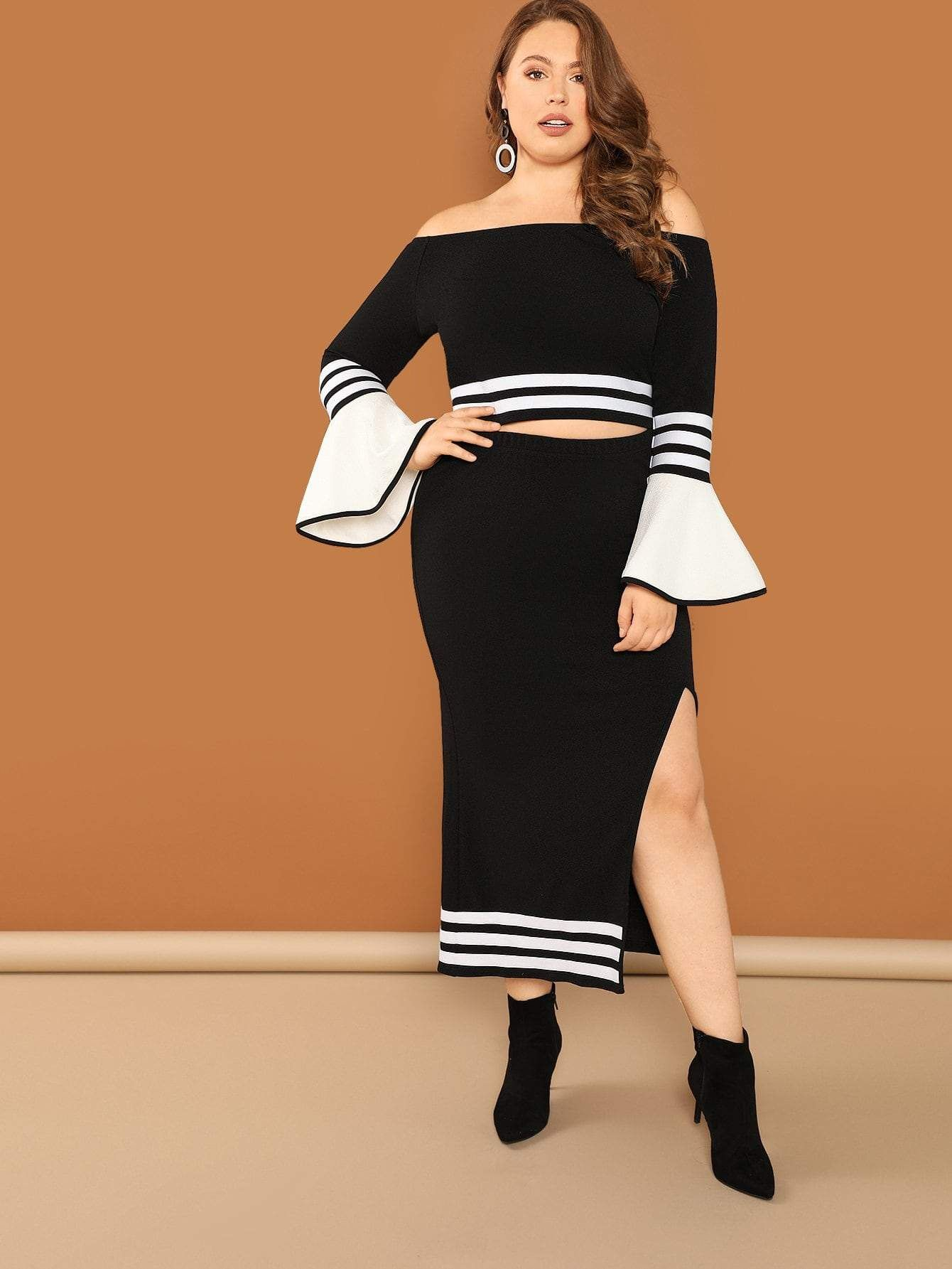 9be2a91cfd5900 Plus Bell Sleeve Striped Bardot Top   Split Skirt Set