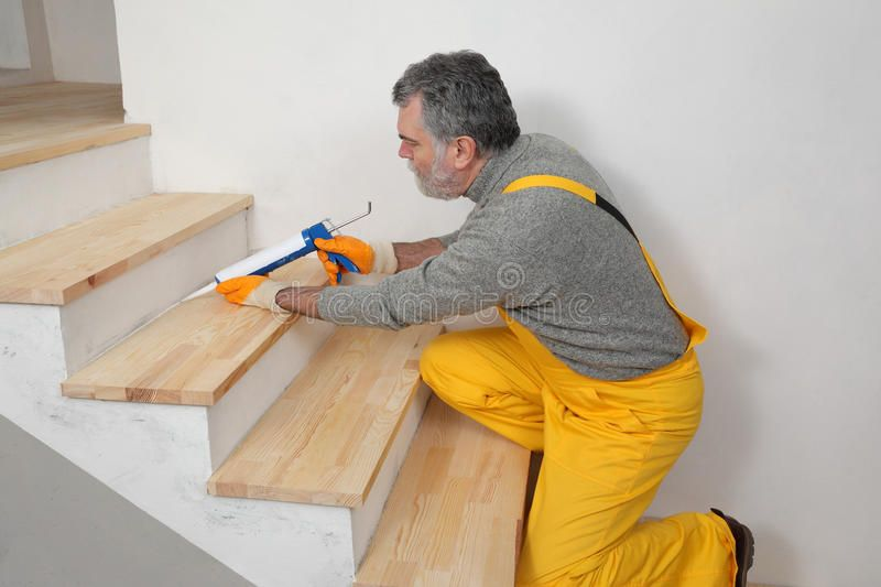 Best Home Renovation Caulking Wooden Stairs With Silicone Construction Worker Caulk Ad Wooden 400 x 300