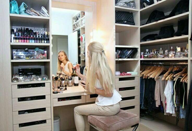 tocador closet pinterest schrank kleiderschrank und begehbarer kleiderschrank. Black Bedroom Furniture Sets. Home Design Ideas