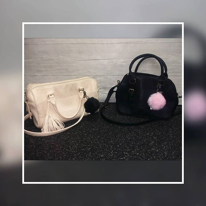 Brand New Pom Pom Key Chains have ht out Plato's stores! They make a plain purse look fab and who doesn't like a Pom Pom? ;) #pompom #keychain #purses #platoscloset #schaumburg #totescute #trendynotspendy #brandnew http://ift.tt/2bH5ygx - http://ift.tt/1HQJd81