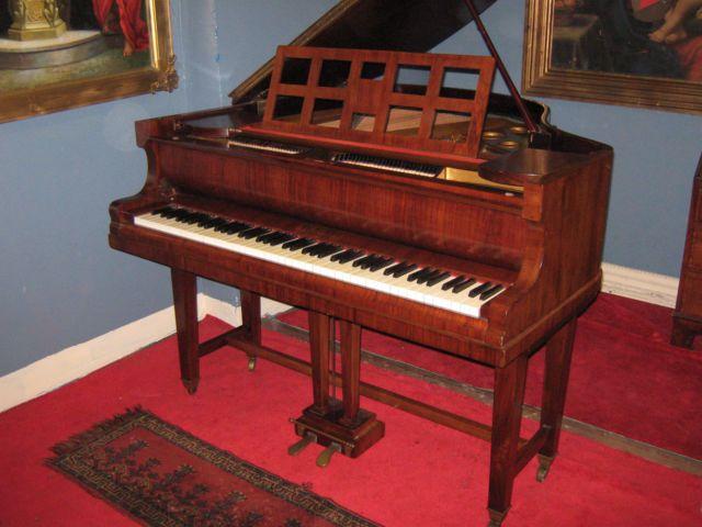 Niendorf German Baby Grand Piano Ebay Baby Grand Pianos Piano Grand Piano