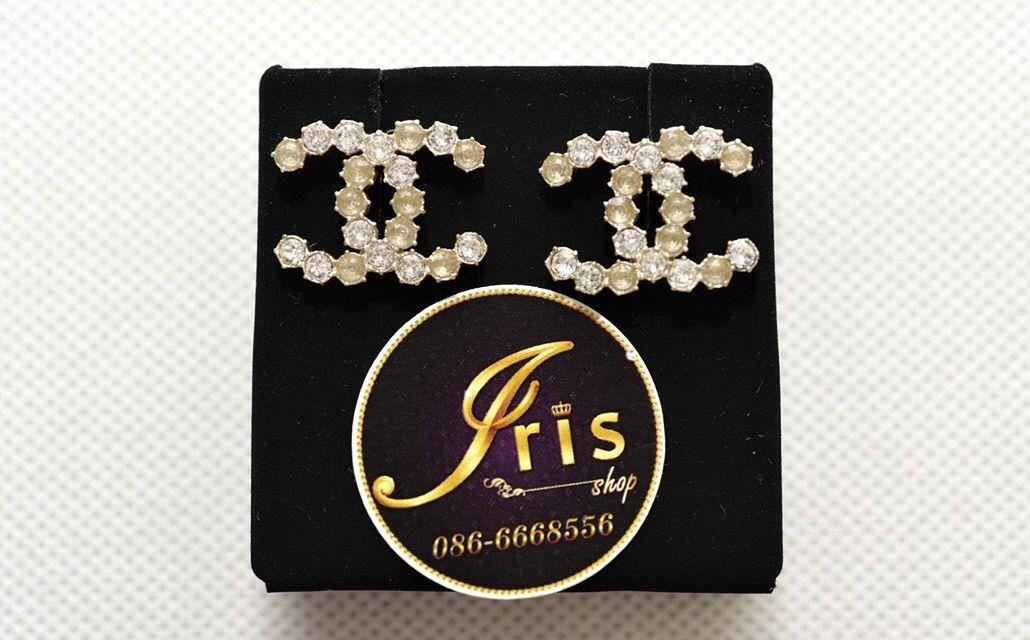 ต่างหู Chanel Earrings Crystal GHW size 2.2 cm. ของใหม่พร้อมส่ง‼️ - Iris Shop