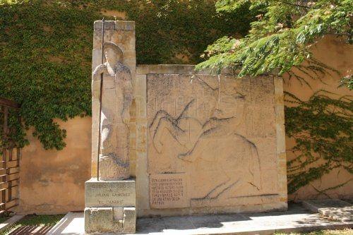 Mausoleo de Julián Sánchez, 'El Charro', un héroe civil en la lucha contra los invasores franceses.