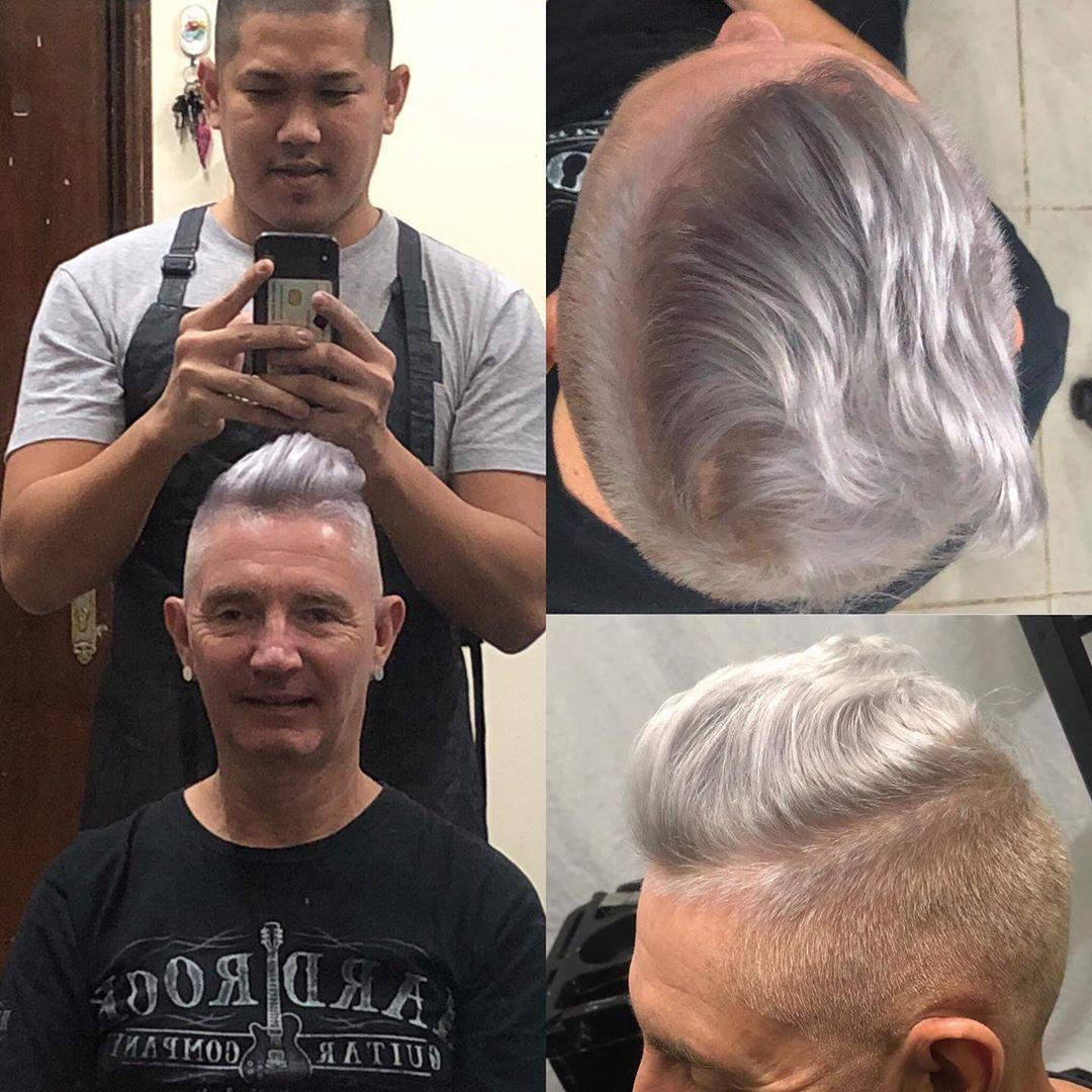 Michael Apple Diaz On Instagram From 103 8 Dubai Eye With Djcoolmark Platinum Light Grey Michaeldiaz Lightashgrey Light Hair Studio Light Grey Balayage
