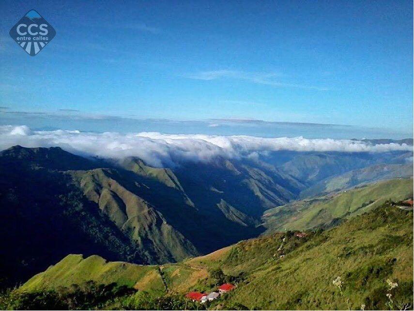 Te presentamos la selección especial: <<VENEZUELA>> en Caracas Entre Calles. ============================  F E L I C I D A D E S  >> @eduardorunner << Visita su galeria ============================ SELECCIÓN @huguito TAG #CCS_EntreCalles ================ Team: @ginamoca @huguito @luisrhostos @mahenriquezm @teresitacc @marianaj19 @floriannabd ================ #grancaracas #Caracas #Venezuela #Increibleccs #Instavenezuela #Gf_Venezuela #GaleriaVzla #Ig_GranCaracas #Ig_Venezuela #IgersMiranda…