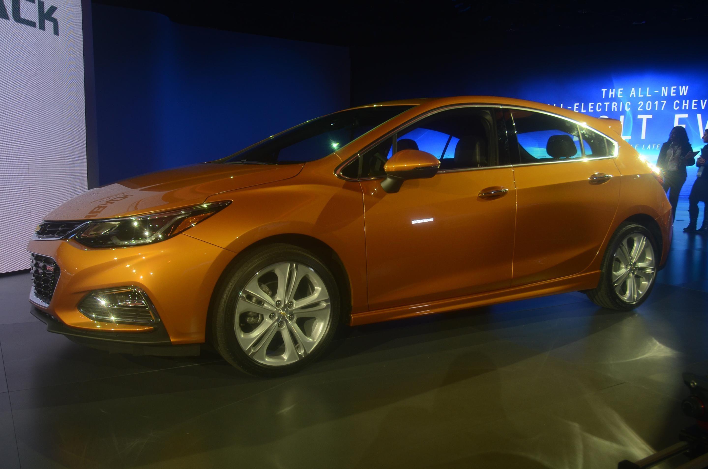 2017 Chevrolet Cruze Hatchback  #2017MY #Chevrolet #Chevrolet_Cruze #American_brands #North_American_International_Auto_Show_2016 #Chevrolet_Cruze_Hatchback