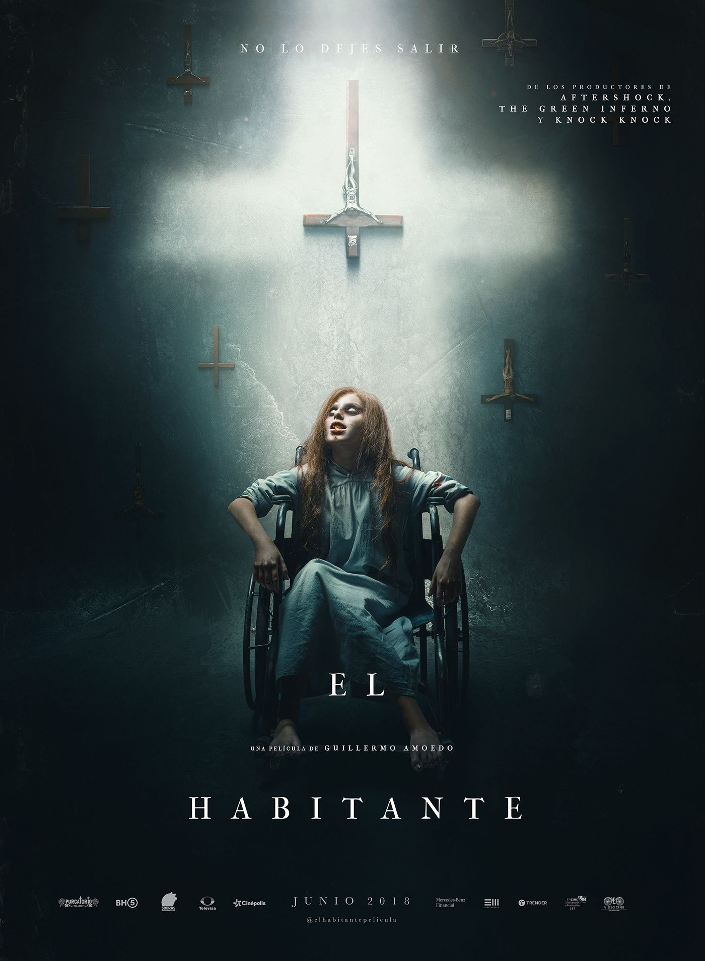 El Habitante Film Poster On Behance Horror Movies Scariest Horror Movies List Scary Movies