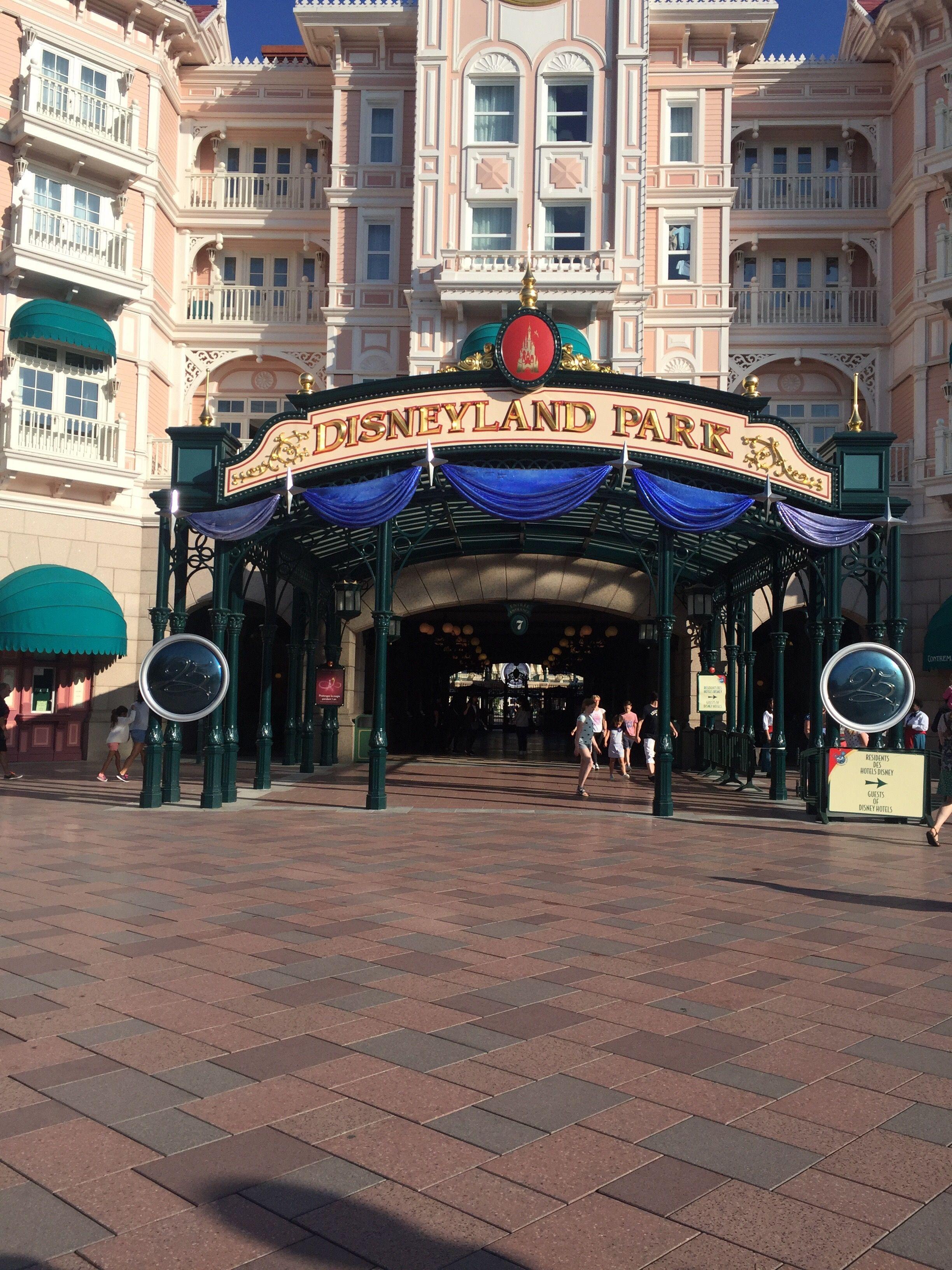 Visiting Disneyland Paris soon? Here's how long I