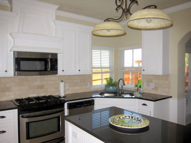 Stove Hood Above Microwave Kitchen Dining Combo Kitchen Remodel Kitchen Design