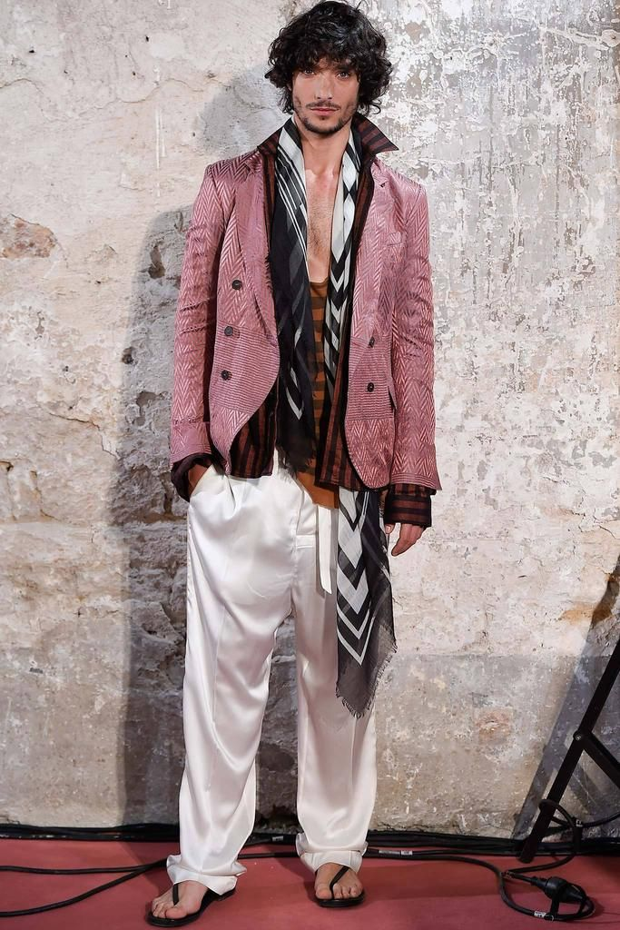Haider Ackermann Spring 2015 Menswear - Collection - Gallery - Look 1 - Style.com