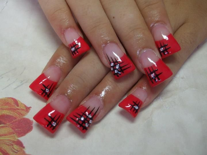 Red duck feet with nail design (see my 'STILETTOS nails' board also) - Red Duck Feet With Nail Design (see My 'STILETTOS Nails' Board Also