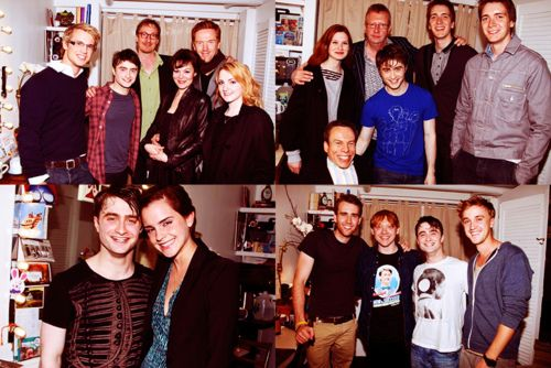 Hp Cast Members With Daniel Radcliffe In His How To Succeed In Business Without Really Trying Dressing Room Daniel Radcliffe Harry Potter Cast The Final Movie