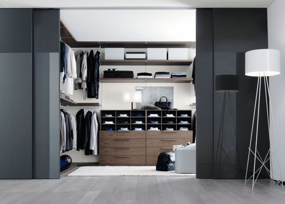 How To Maximize A Walk In Closet  Wall In Closets  Pinterest Impressive Bedroom Design With Walk In Closet Design Ideas