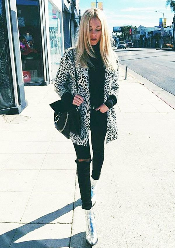 What every L.A. girl wears in the winter.