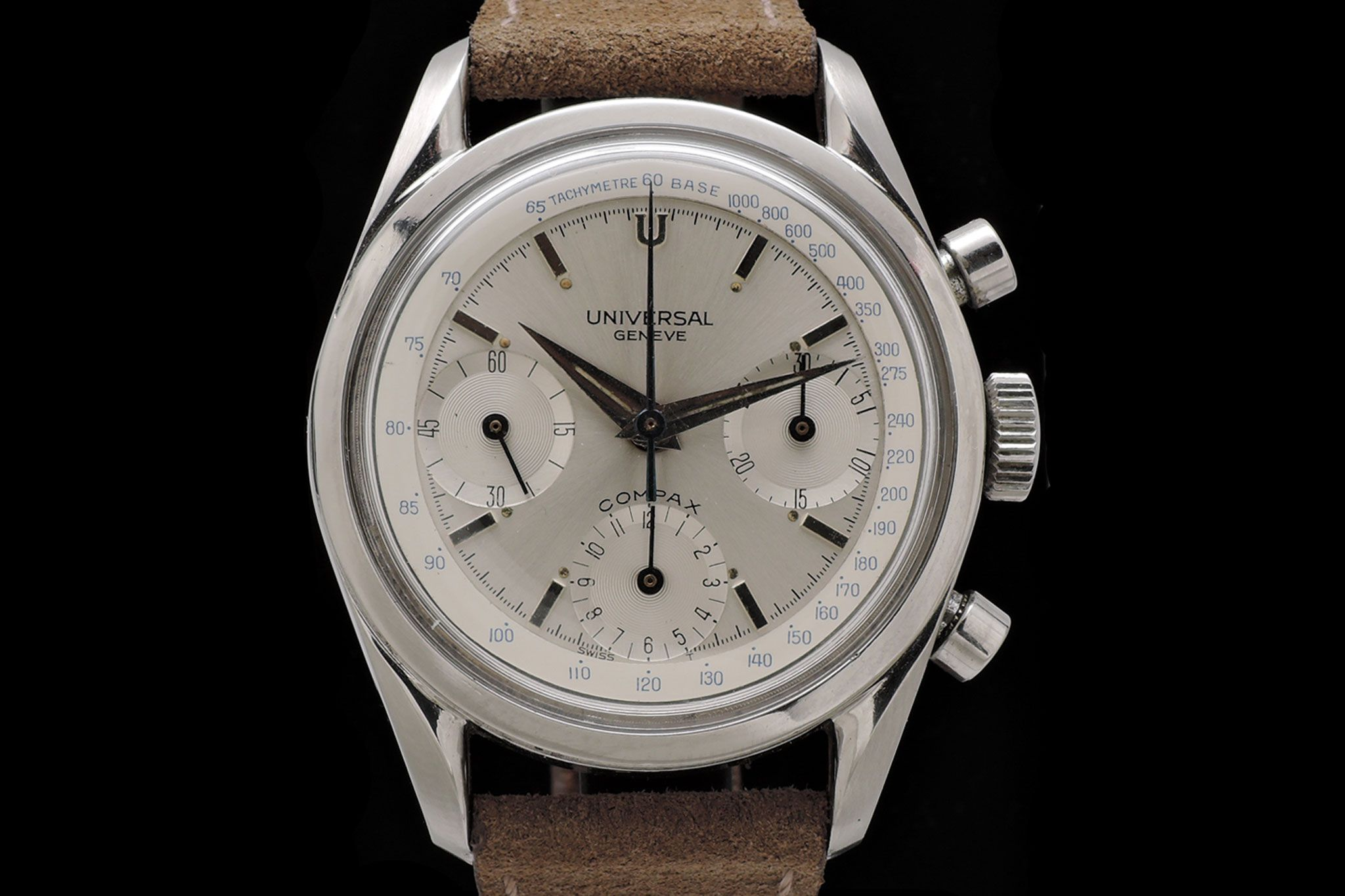 Universal Geneve Compax 22705/1 available at www.ancienne.es